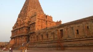 Monuments sacrés temples d'asie_Cristal-Publishing